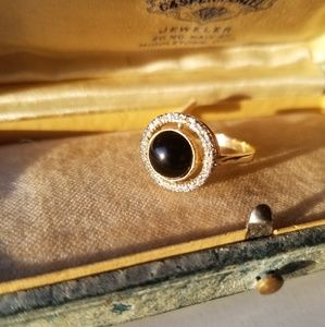 Vingage 9k yellow gold onyx target ring